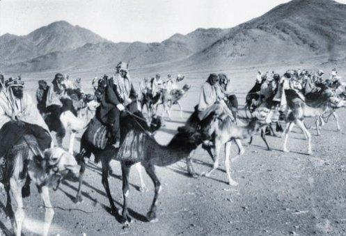 Arabes nómadas que aprticiparon en asalto a poblados de Mardin (p. Ej. Mansuriya)
