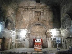 Nusaybin: interior de catedral de Mor Yacoub. Foto propia.